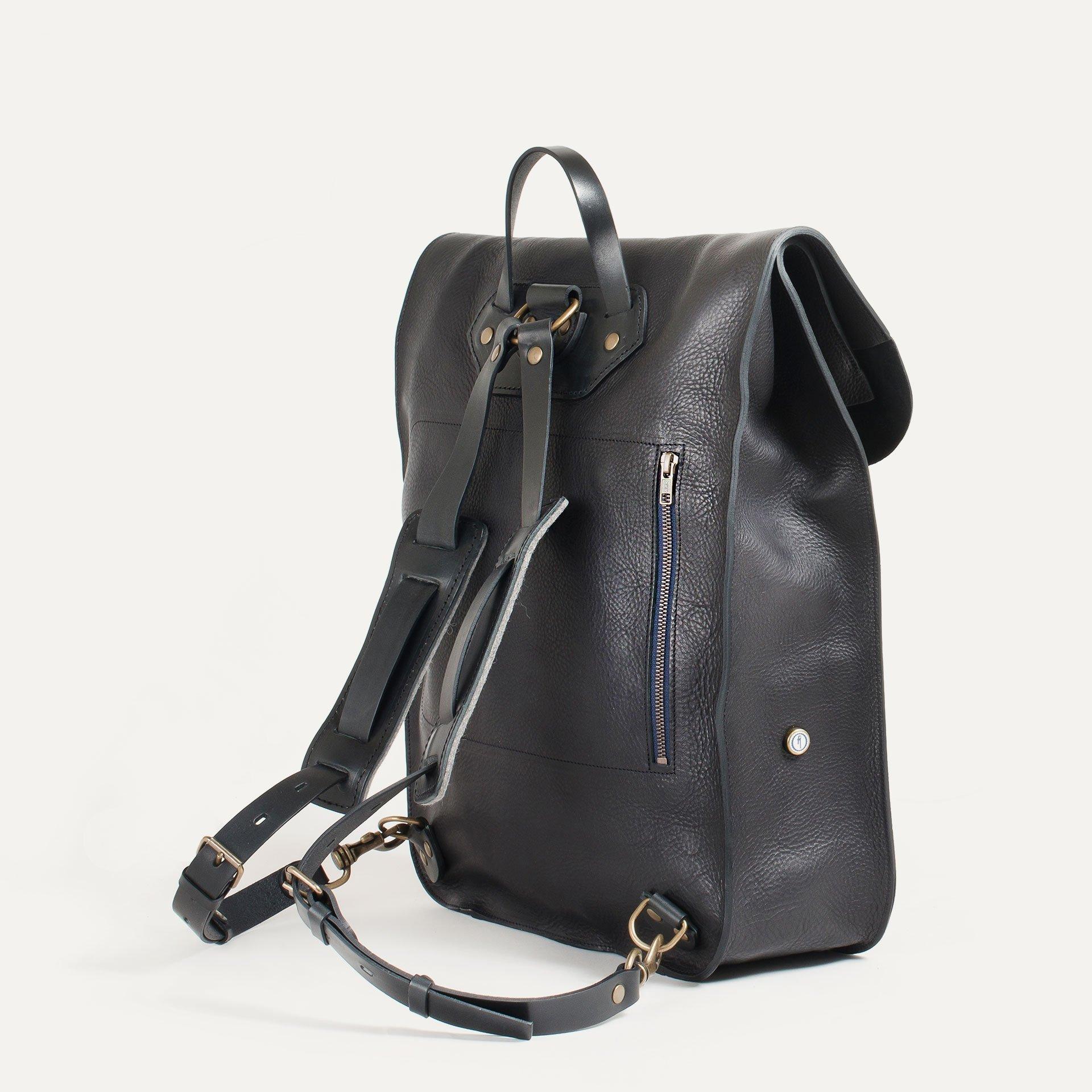 Arlo leather backpack - Black / E Pure (image n°3)