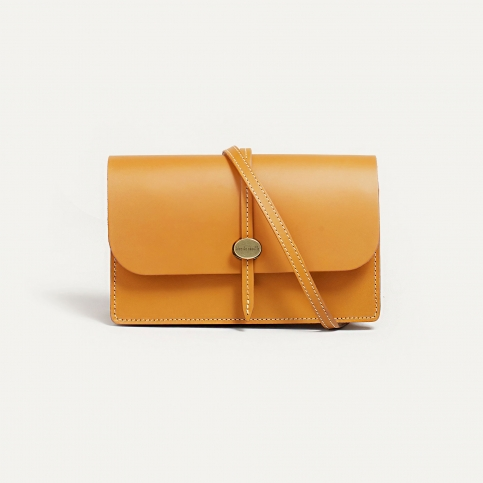 Joan Clutch bag - Honey