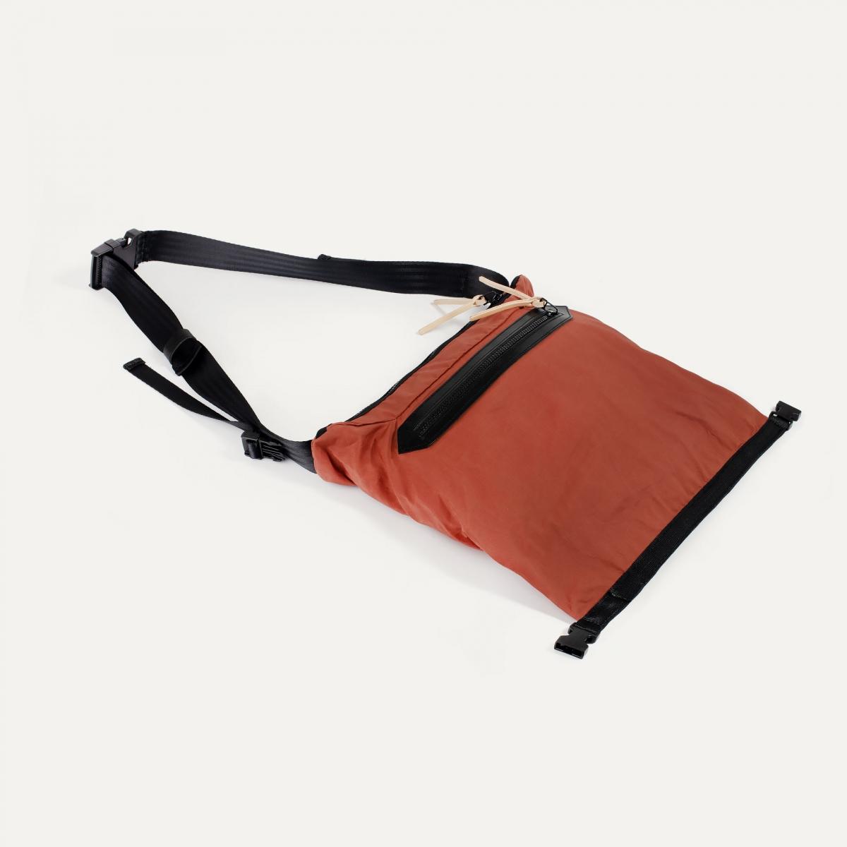 8L Bastille Belt bag - Burgundy (image n°3)
