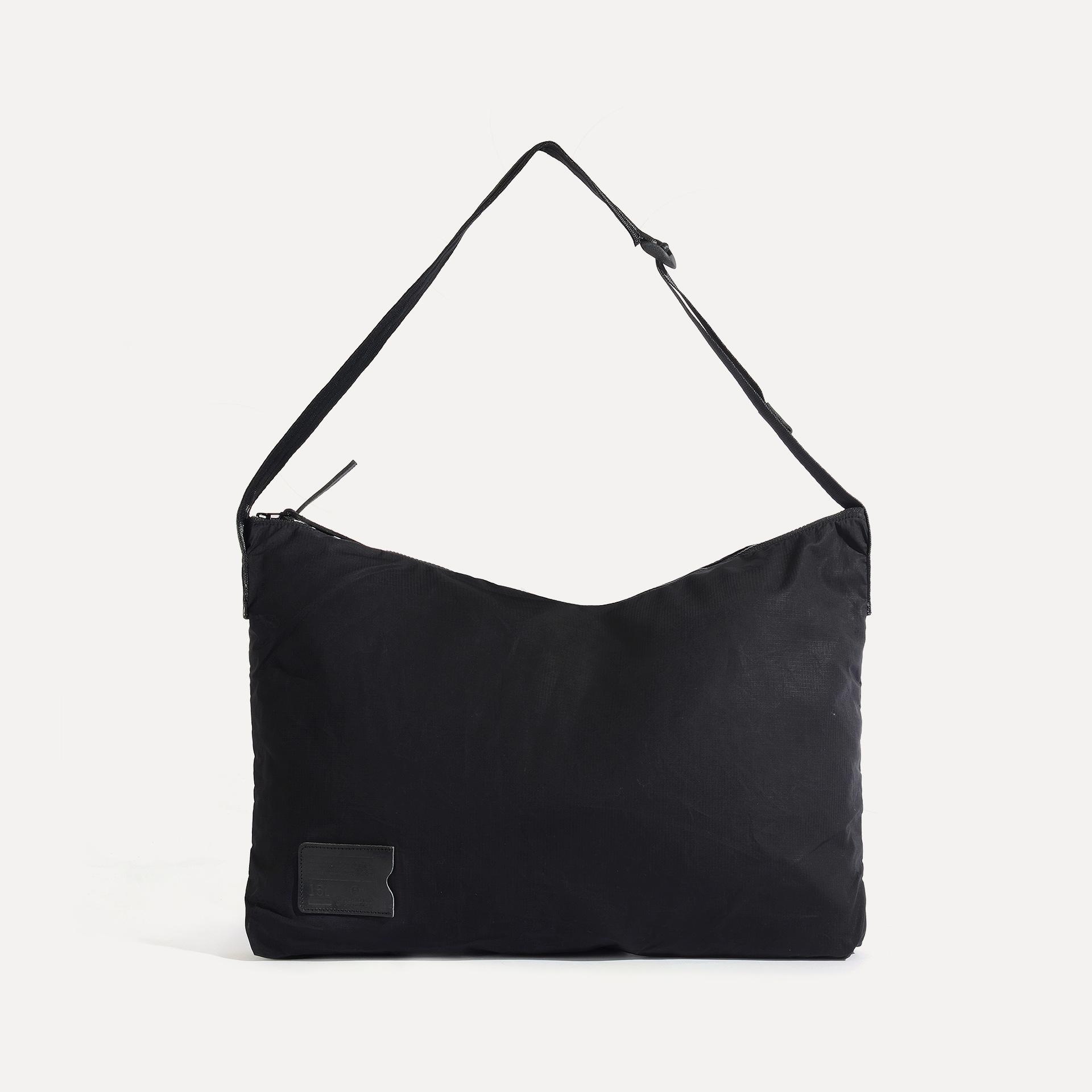Baston Messenger Bag - Black (image n°1)