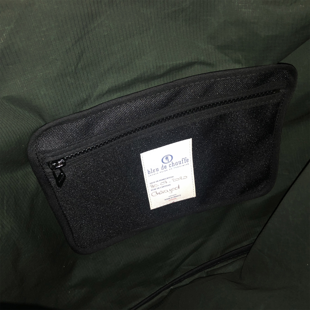 Baston Messenger Bag - Dark Khaki (image n°3)
