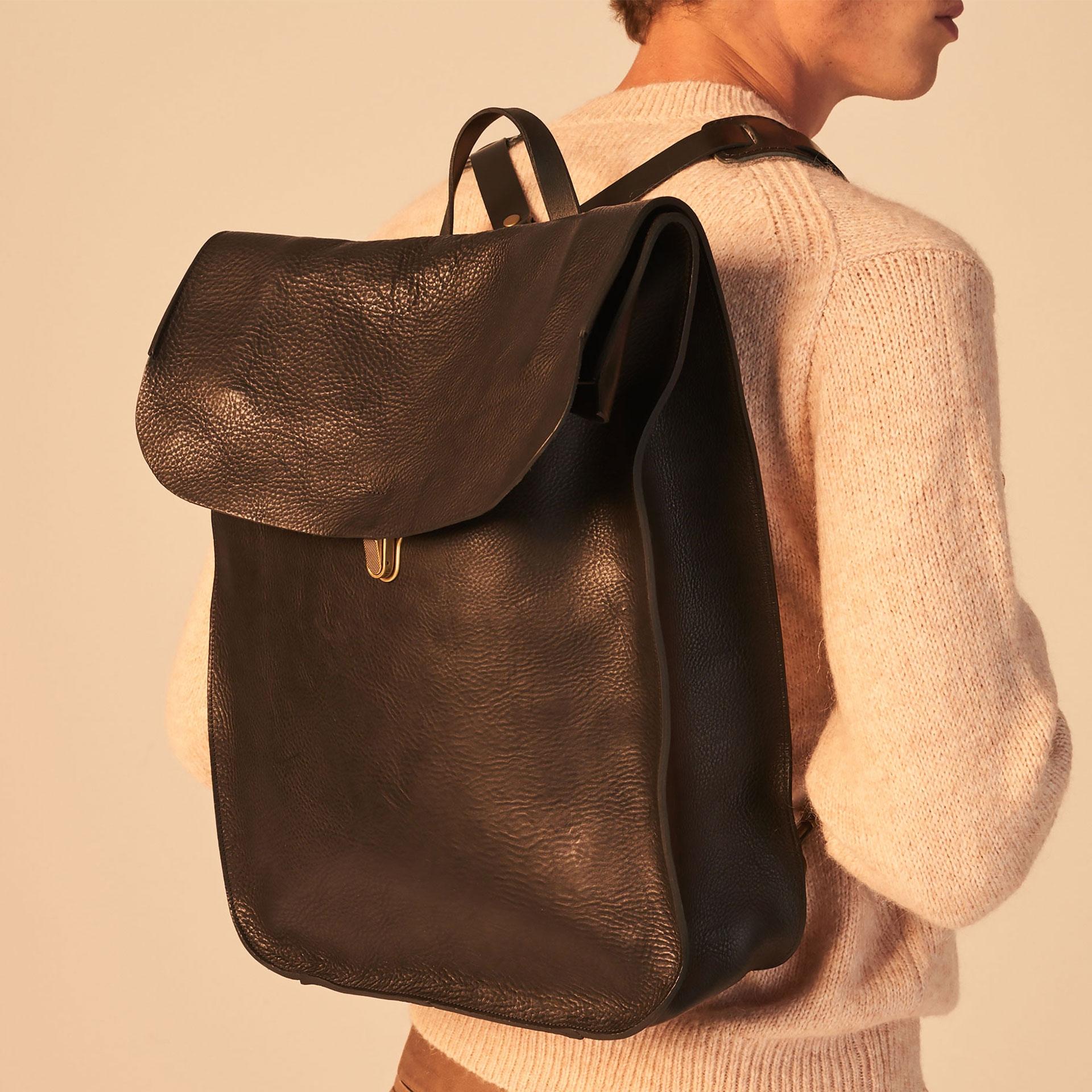 Arlo leather backpack - Black / E Pure (image n°5)