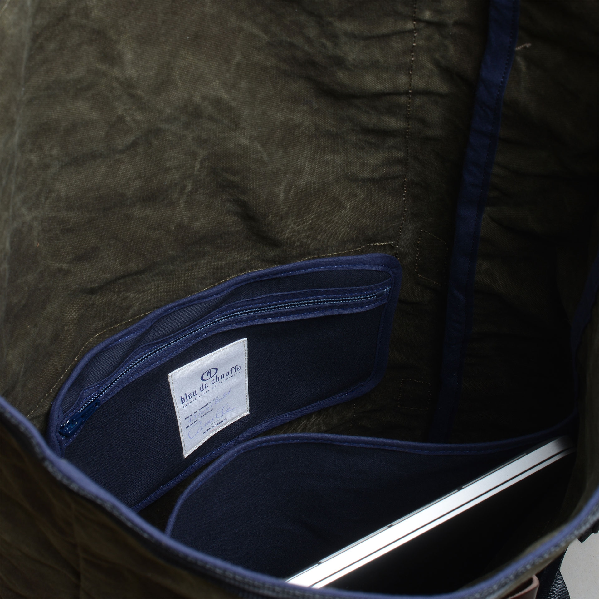 20L Basile Backpack - Dark khaki stonewashed (image n°5)