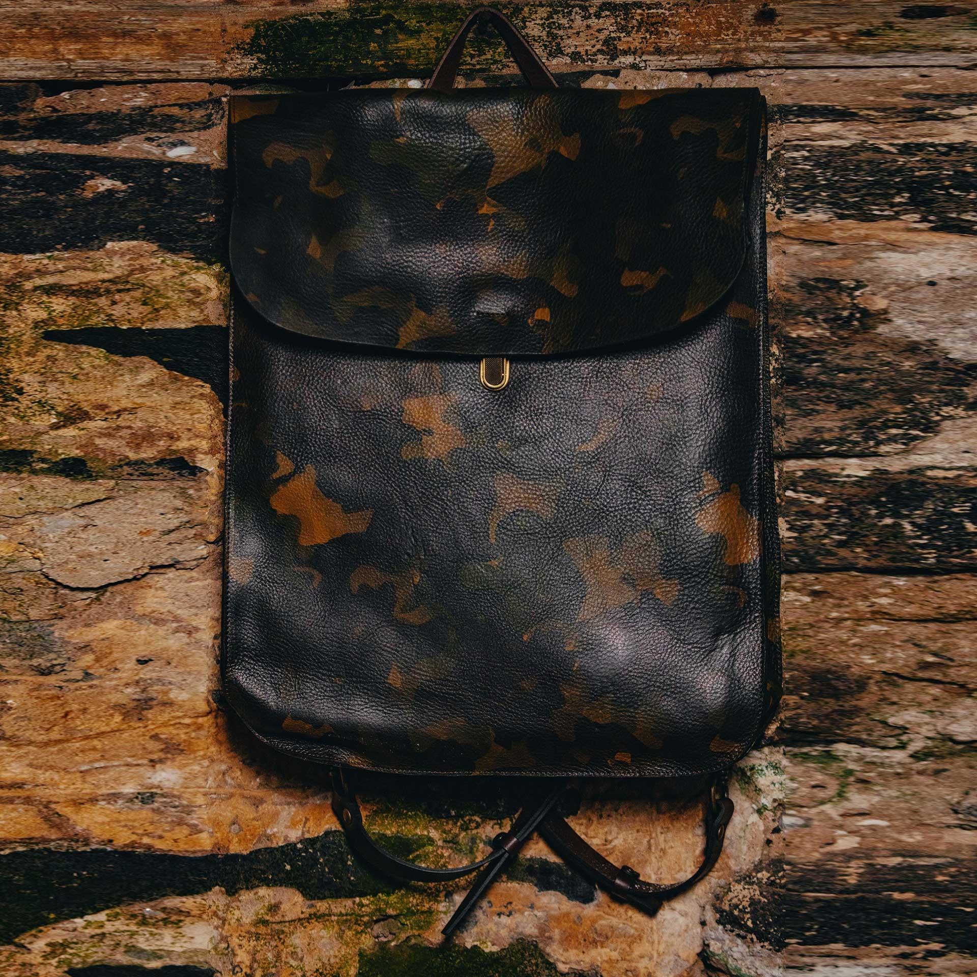 Arlo leather backpack - Camo / E Pure (image n°5)