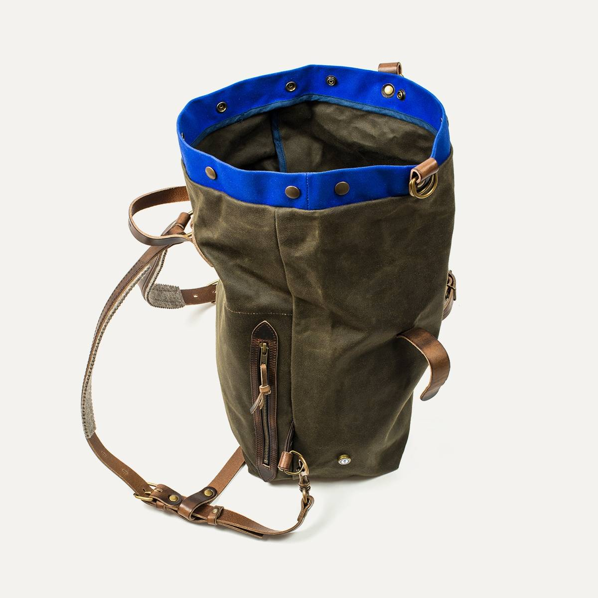 sac dos scout accessoire moto custom bleu de chauffe. Black Bedroom Furniture Sets. Home Design Ideas