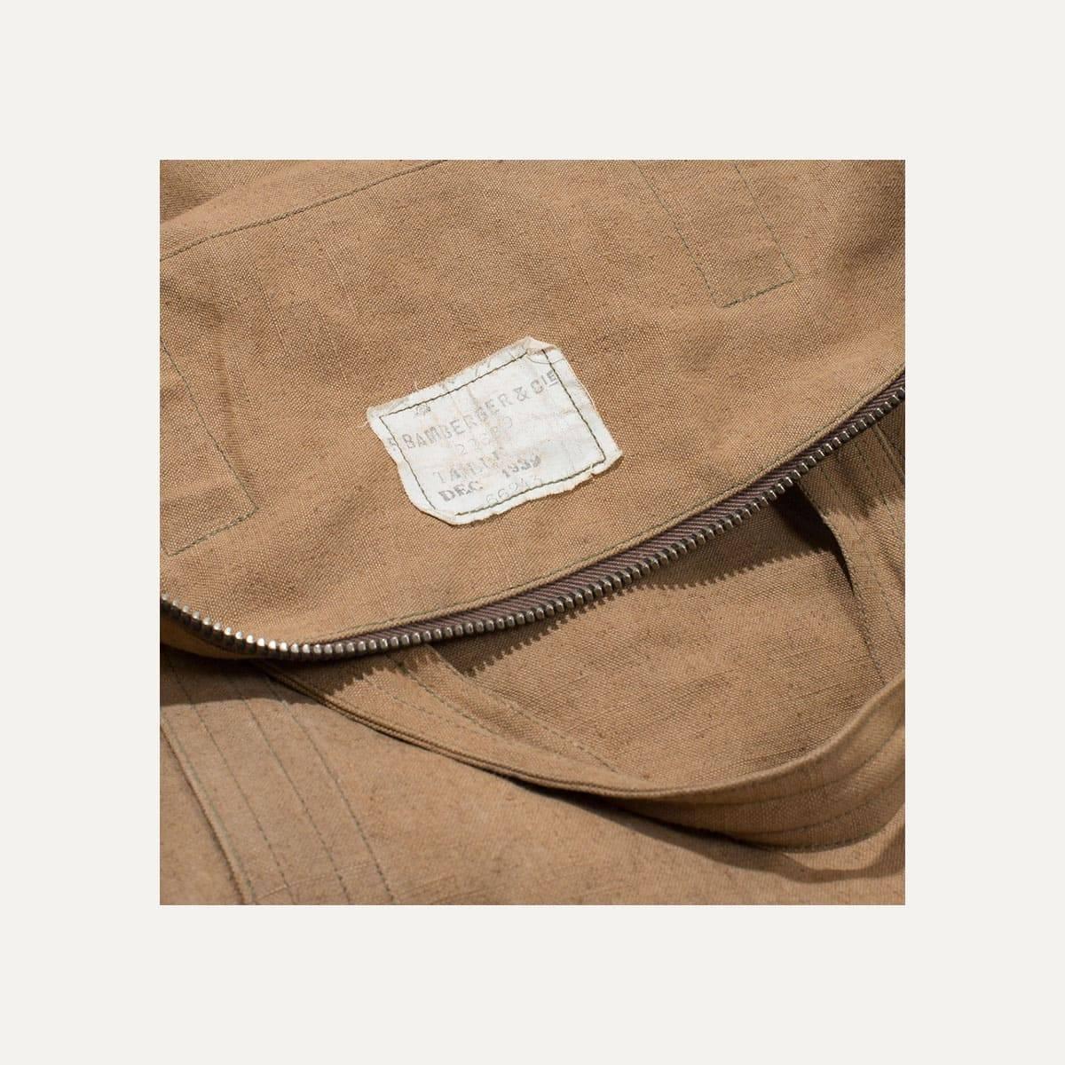 N°4: 'Cashew-colored' linen parachute bag (image n°4)