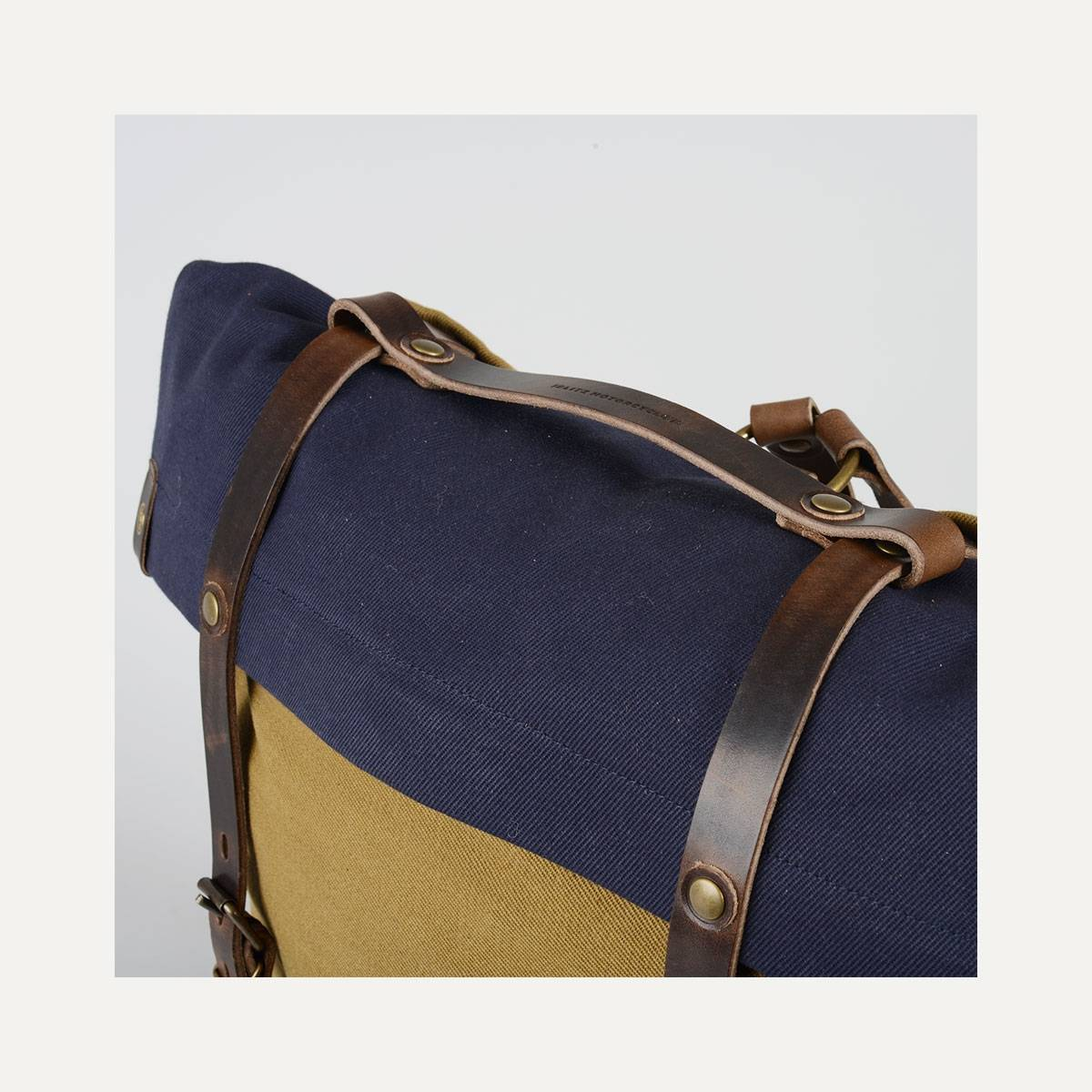Blitz Motorcycles Scout Backpack - Navy/Camel (image n°9)