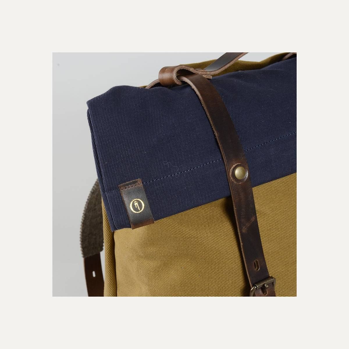 Blitz Motorcycles Scout Backpack - Navy/Camel (image n°10)