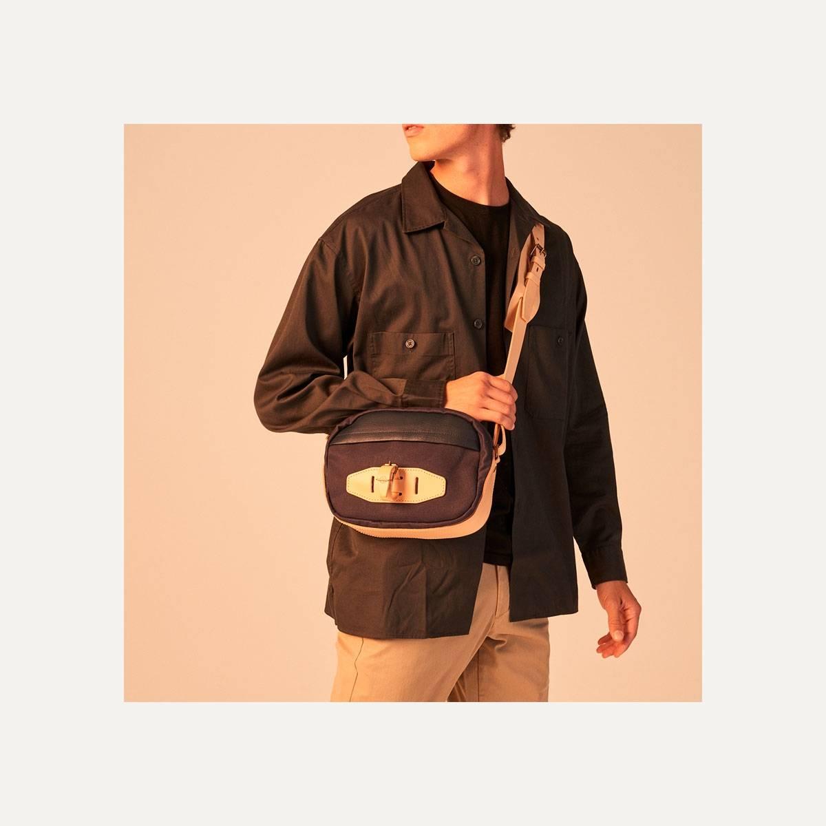 Honshu Belt bag - Navy blue/Natural (image n°9)