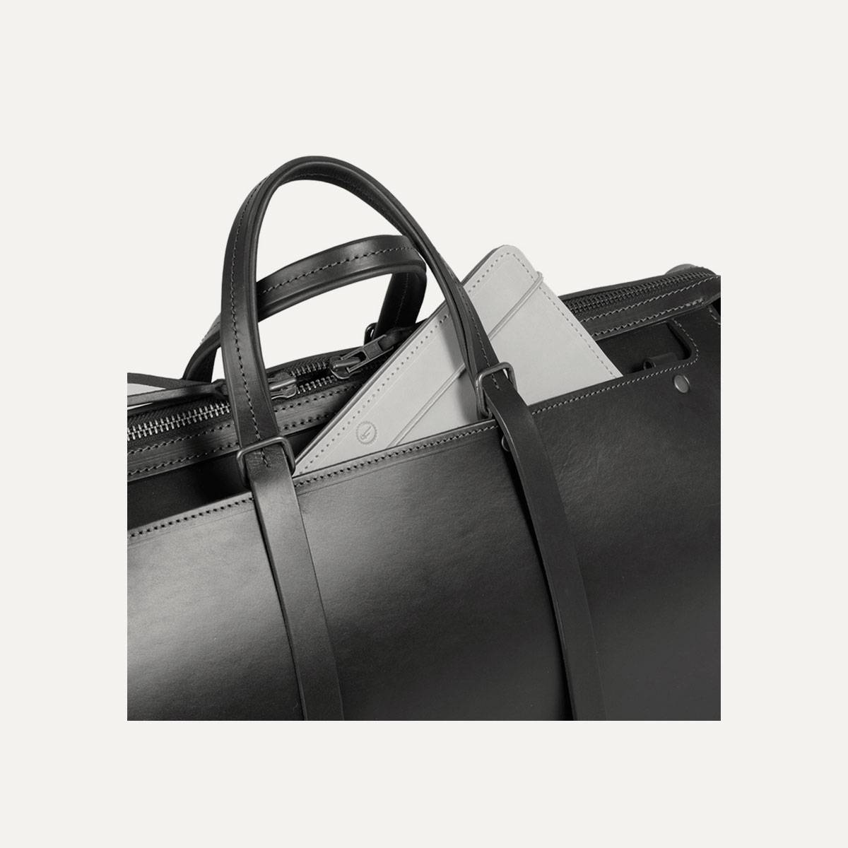 sac de voyage en cuir homme i fabriqu en france bleu de. Black Bedroom Furniture Sets. Home Design Ideas