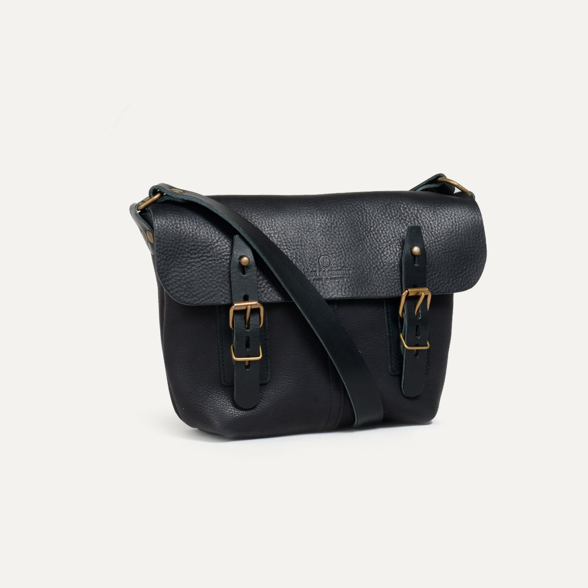 sac besace en cuir louis fabriqu en france bleu de. Black Bedroom Furniture Sets. Home Design Ideas